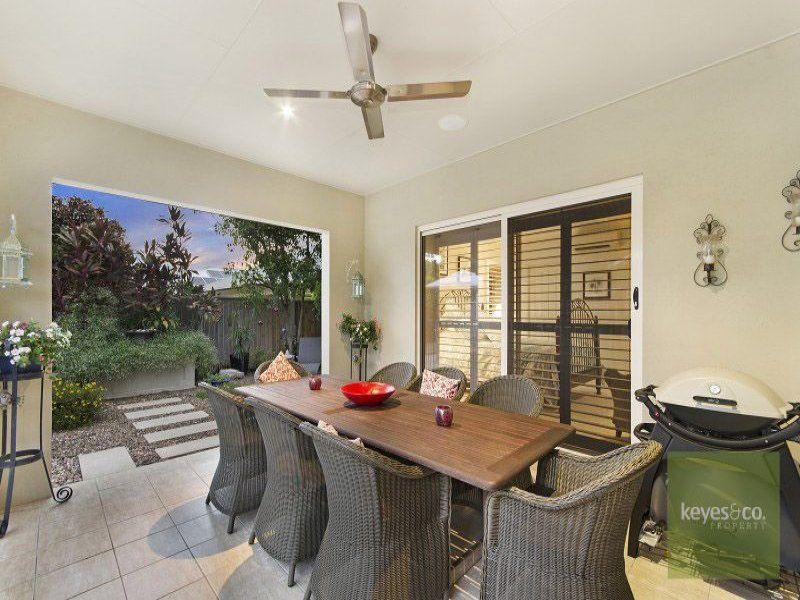 11 Rivergreen Circuit, Douglas
