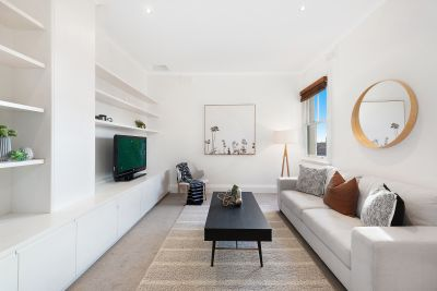 Charming apartment in ultra-convenient location