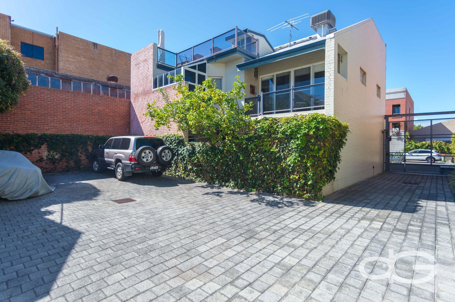 49D Pakenham Street, Fremantle