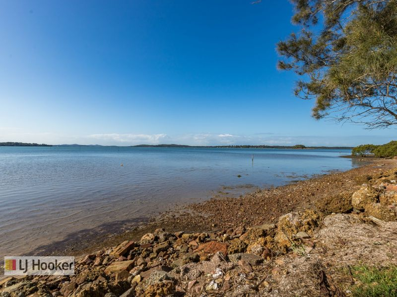 25-25A Waterfront Road Swan Bay 2324