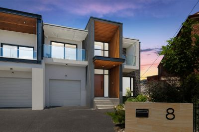 8 Phyllis Avenue, Picnic Point NSW 2213