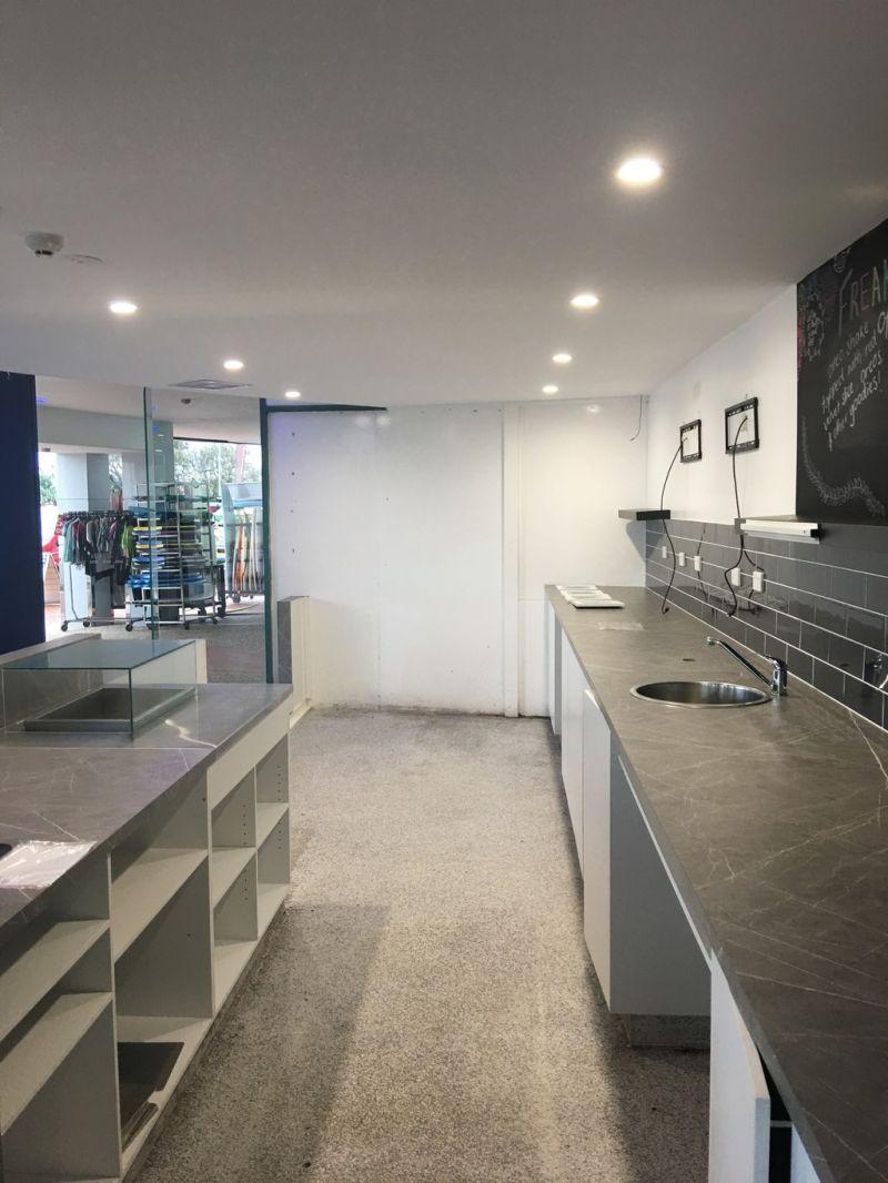 Alex Beachfront Restaurant/Cafe Opportunity | 215m2 + 77m2 Al-Fresco Dining