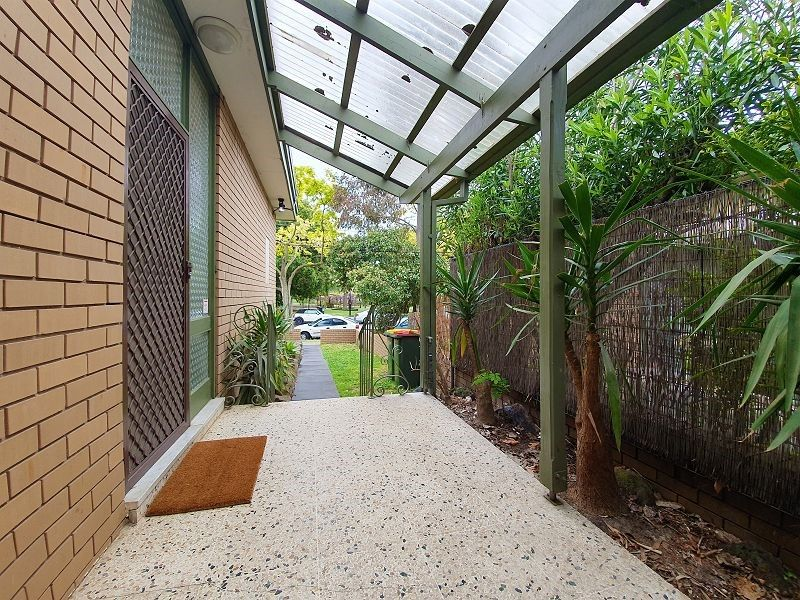 2/237 Balaclava Road, Caulfield North