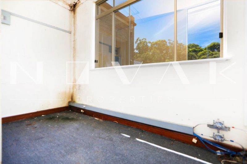 OFFICE SPACE WITH FLEXIBLE LEASE TERMS