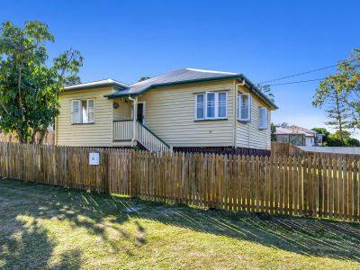 RENOVATION POTENTIAL IN IDYLLIC EASTERN HEIGHTS!