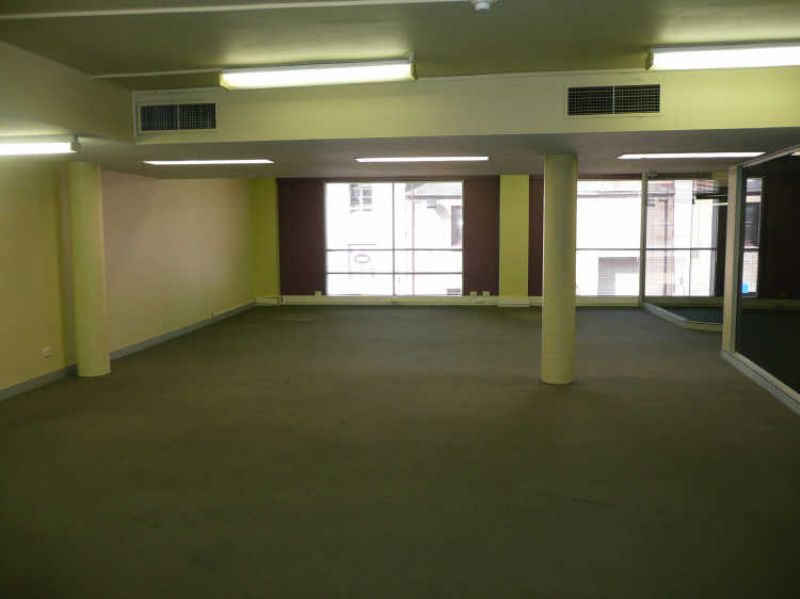 SALAMANCA PLACE - FREEHOLD OFFICES FOR SALE