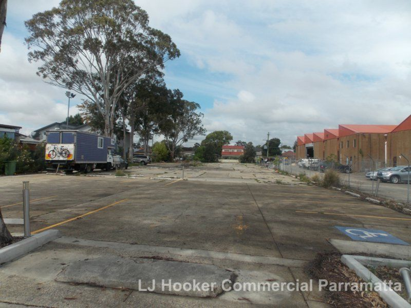 UP TO 1,452sqm BLANK CANVASS COMMERCIAL - $140G per sqm