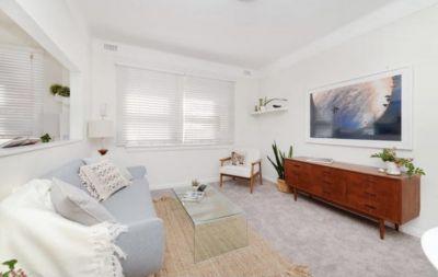 Bright 2-Bedroom Bondi Beach Pad, An Ideal Beachside Home
