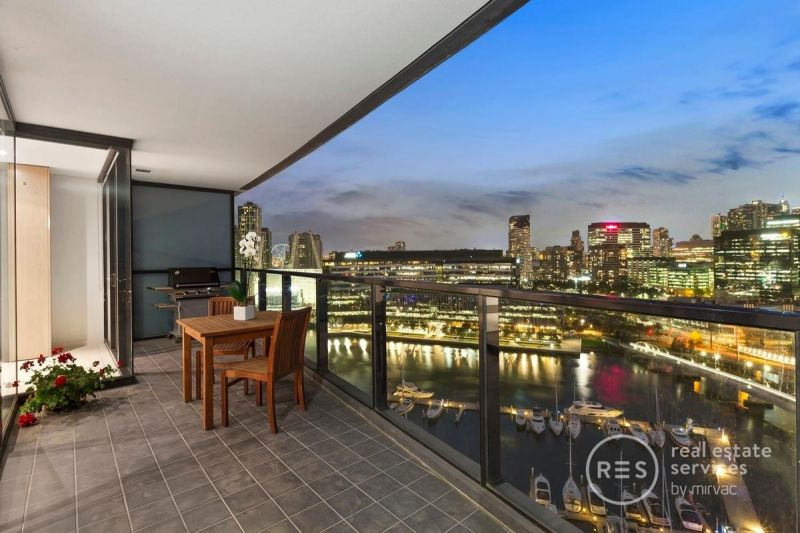 Yarra's Edge Standout with Inspired City and Water Vistas