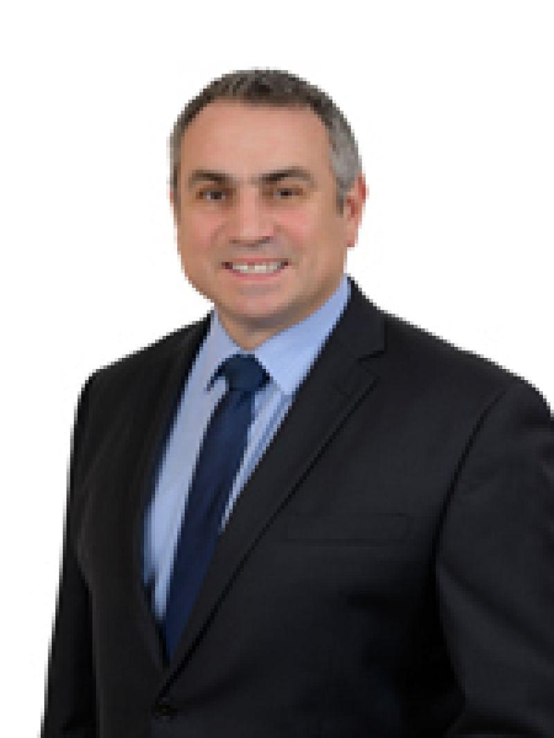 Frank Como