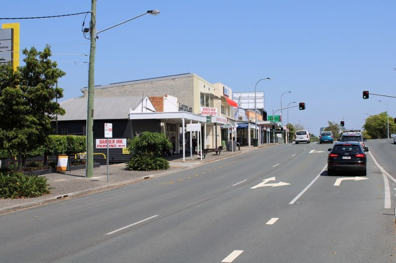 RETAIL/OFFICE WITH EXCELLENT EXPOSURE TO BUSY LOGAN ROAD