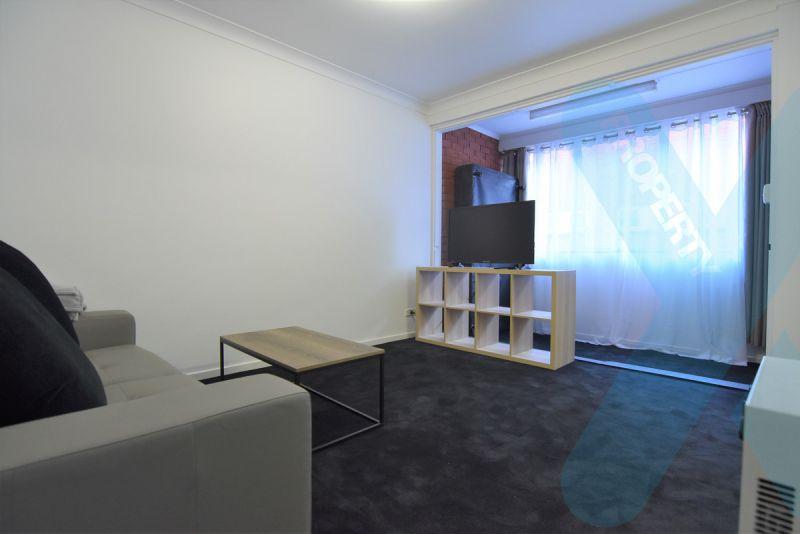 One Bedroom with Carpark in Kensington