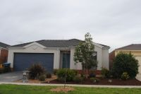 Featherbrook Estate, 14 Cooinda Way: Love The Serenity!