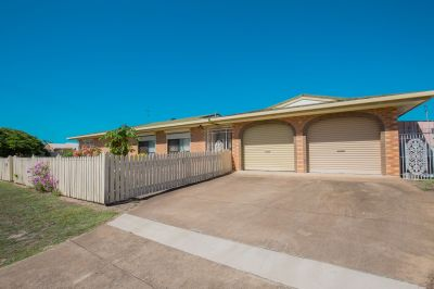 SPACIOUS, WELL-PRESENTED FAMILY SIZED HOME IN QUIET STREET!