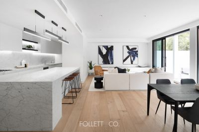 Light-filled Living in Middle Brighton with Courtyard