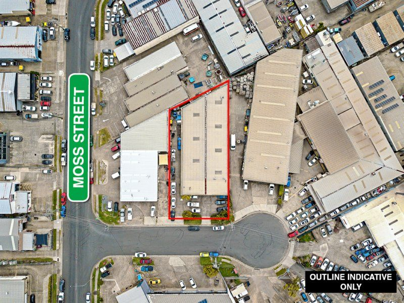 Rock Solid Free Standing 900sqm Warehouse/Factory on 1,315sqm Land