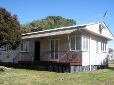 Cute Cottage....Central Location!