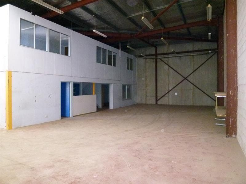 High Clearance Warehouse with Mezzanine Office Space