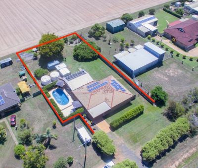 CHARMING BRICK HOME + TEENAGERS RETREAT + POOL ON 1,646m2 BLOCK WITH NO REAR NEIGHBOURS!