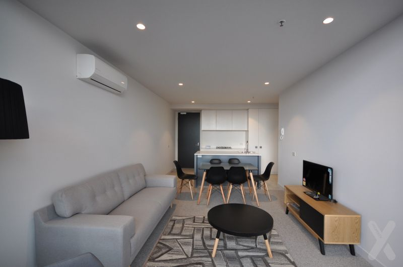 NEGOTIABLE - Spacious Partly Furnished/Unfurnished Two Bedroom Apartment in Collingwood!