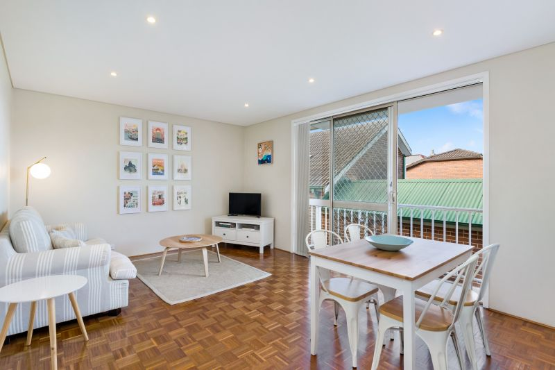 Renovated Apartment Short Walk To Bondi Beach & Junction