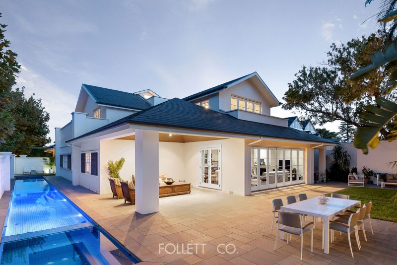 First Class Golden Mile Residence