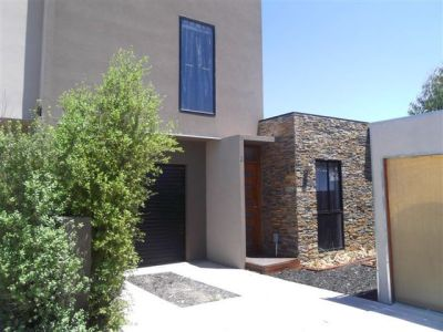 A modern townhouse in quiet court location
