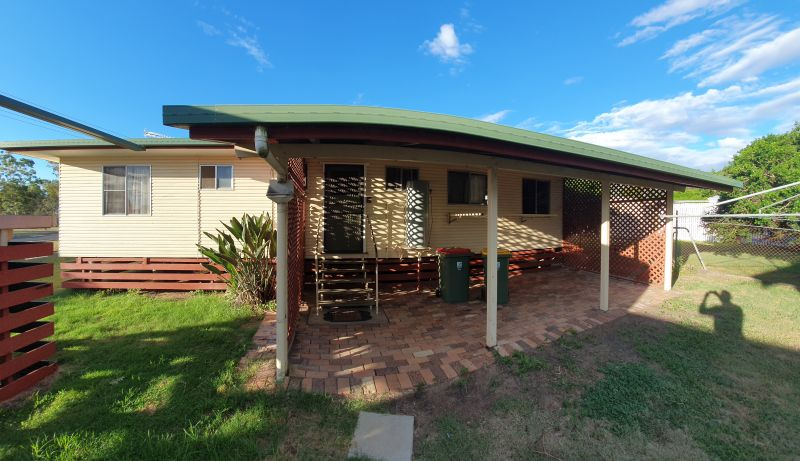 For Sale By Owner: 60 Cheetham St, Cecil Plains, QLD 4407