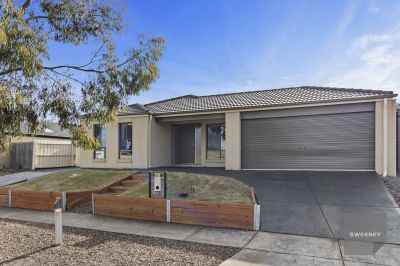4 BEDROOM FAMILY HOME COMPLETE WITH SIDE ACCESS