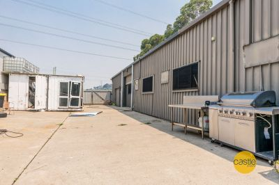 Tradies or Hobby shed with small yard