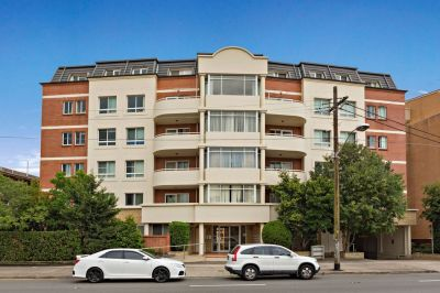 An Opportunity Not To Be Missed For An Outstanding Apartment!