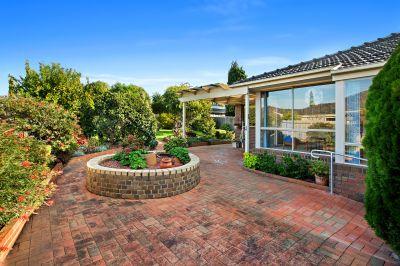 SOLD - 3 Bed House in Chirnside Park. 12 Village Green ...