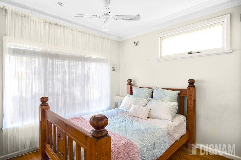 73 Russell Street, Woonona NSW