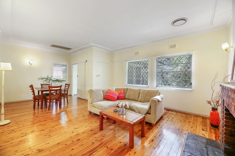 2/3 BEDROOM WELL PRESENTED FAMILY HOME