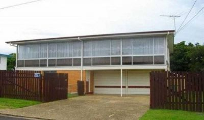 FAMILY HOME CENTRALLY LOCATED