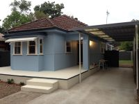 2 Bedroom plus sunroom house in the heart of Ettalong