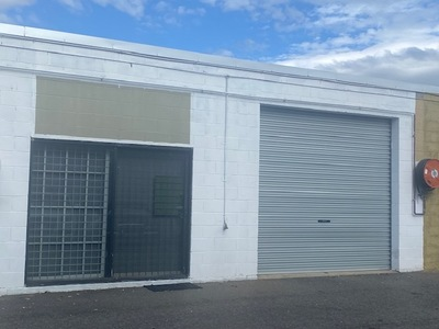 WAREHOUSE FOR SALE contract collapsed
