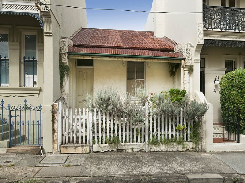 Great Opportunity To Add Value In Fabulous Lifestyle Location
