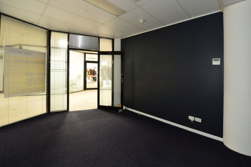 OFFICE / RETAIL - CENTRAL MAROOCHYDORE