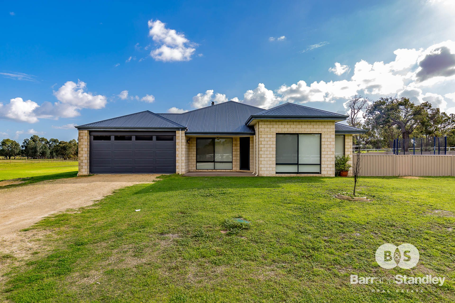 13 Pearson Place, Uduc