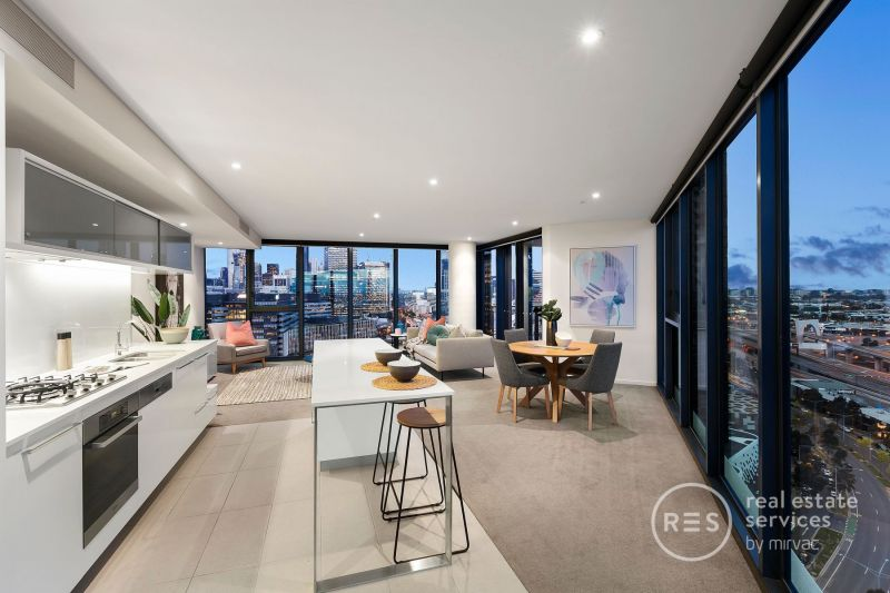 Breathtaking views and sophisticated Yarra Point living