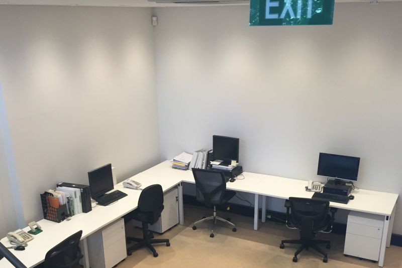 40sqm office on two levels facing Prince Alfred's Park right next to central station.