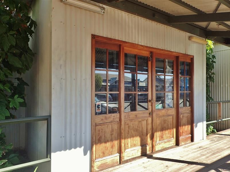 Retail Space on Dampier Boardwalk Affordable rent