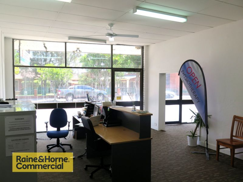 Open plan with multiple offices!