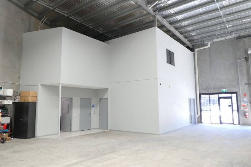 471sqm* Quality Warehouse And Office Unit