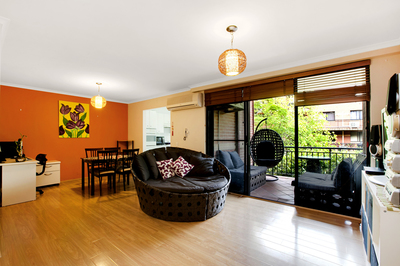 23/2 Williams Parade, Dulwich Hill
