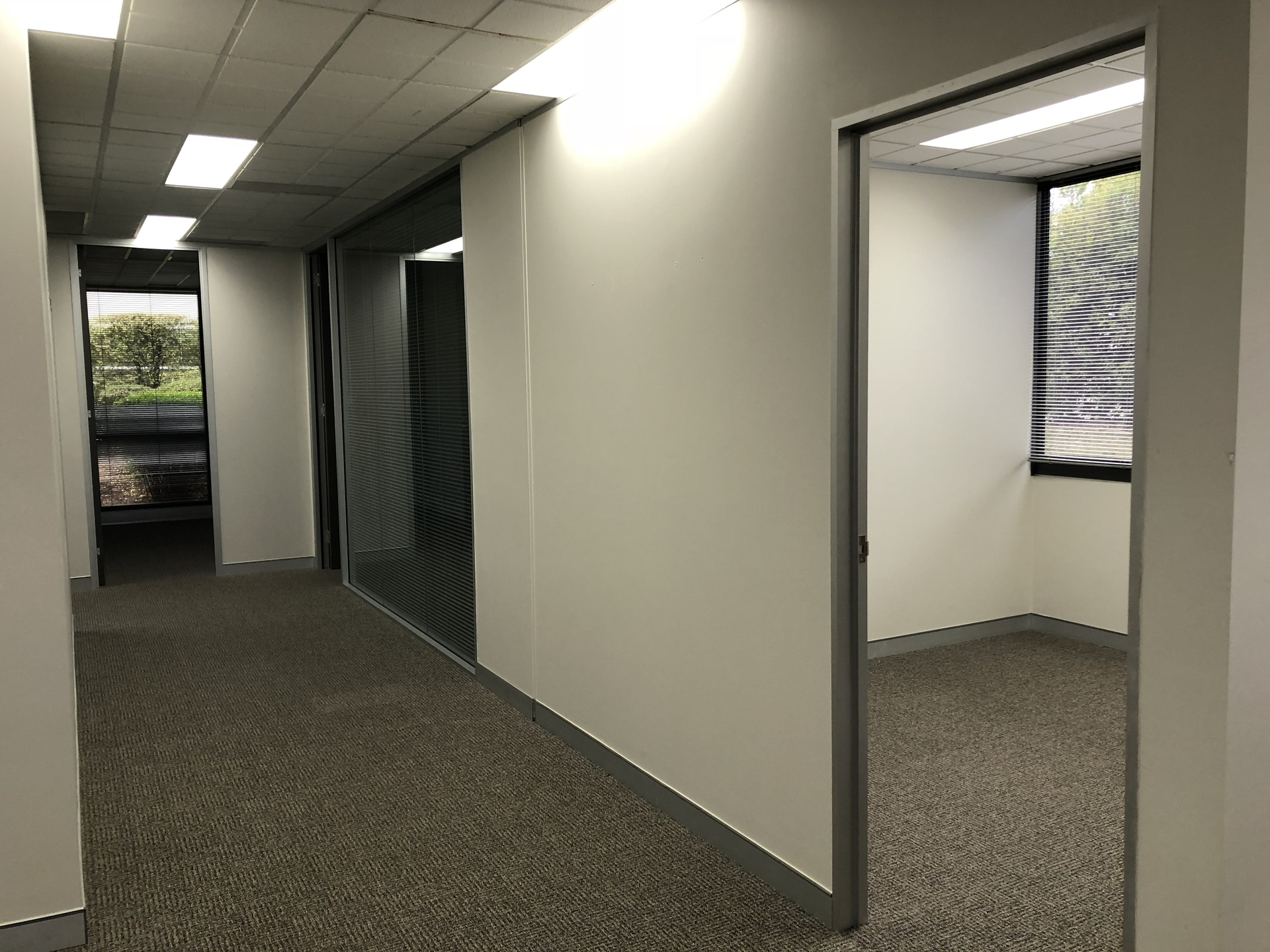 GROUND FLOOR OFFICE SPACE LOCATED IN THE HEART OF DEAKIN