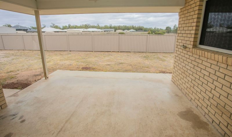 100 Cypress Pines Dr, Miles