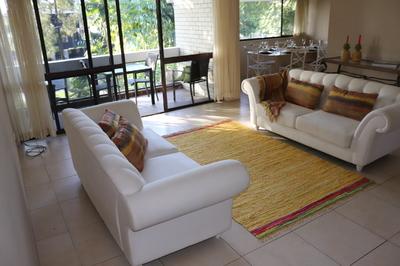Tropical Broadbeach Oasis ; Lifestyle living or ABNB rental