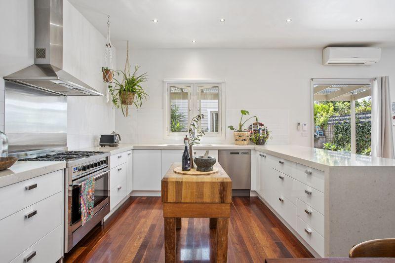 24 Loch Street East Geelong
